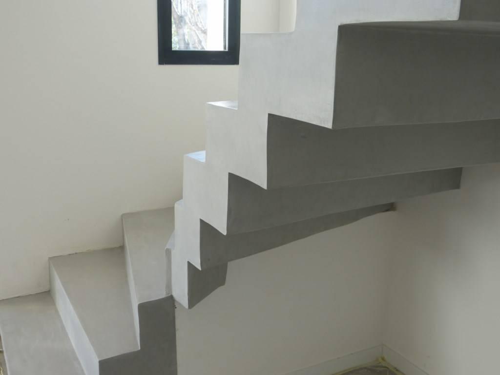 Escalier Val D Oise création d'escalier en béton dans le val d'oise 95